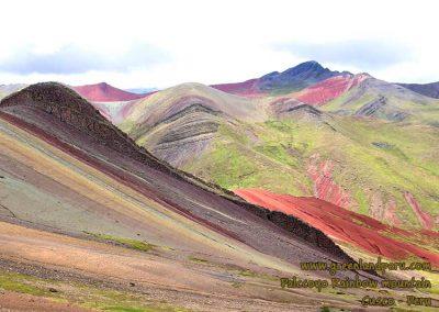 rainbow-mountain-palccoyo-peru-cusco-andes-fredy-dominguez